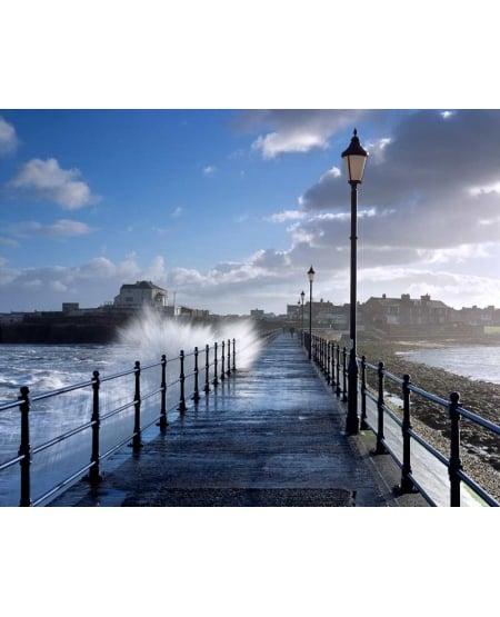 Breaking wave, breakwater, Amble