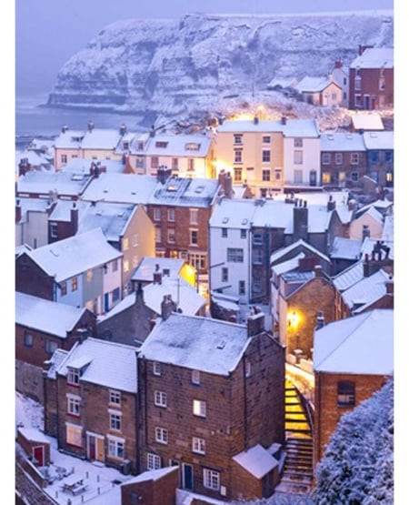 Snow at sea level Staithes