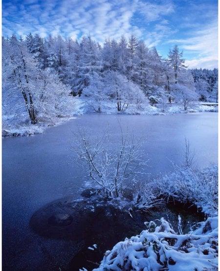Cod Beck Reservoir, winter